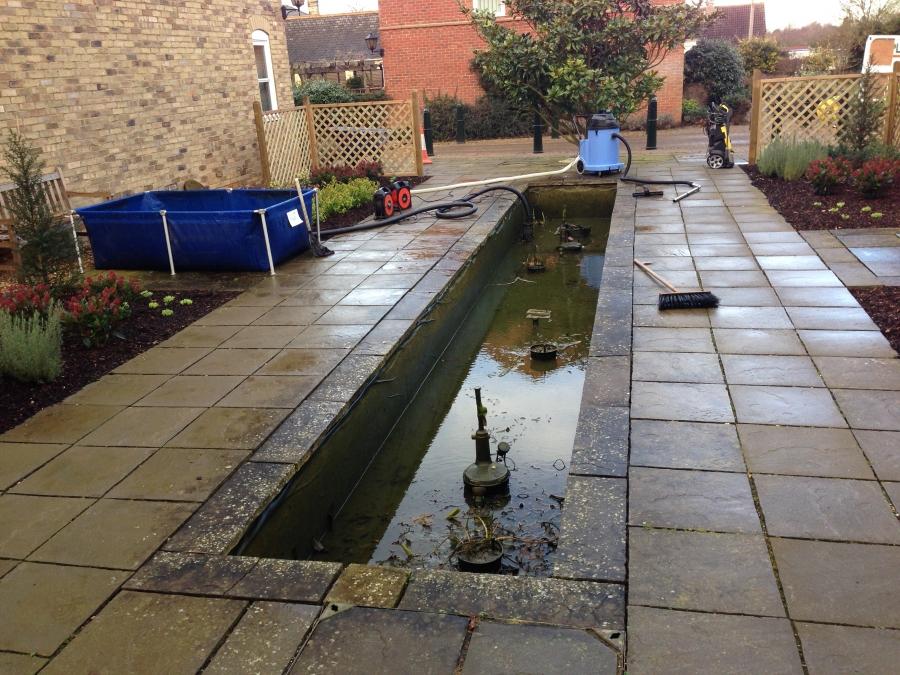 Girton, Cabridgeshire pond clean