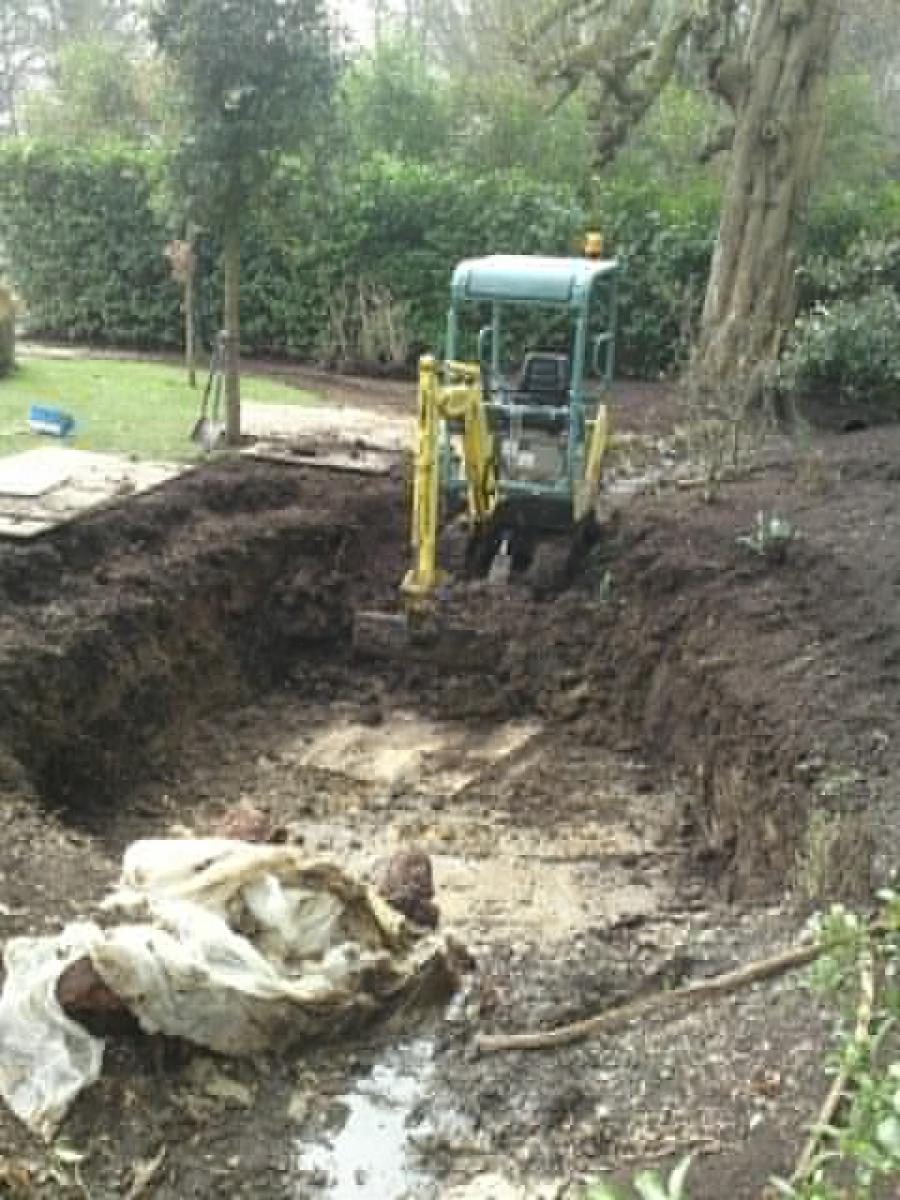 Pond construction Cuffley Hertfordshire