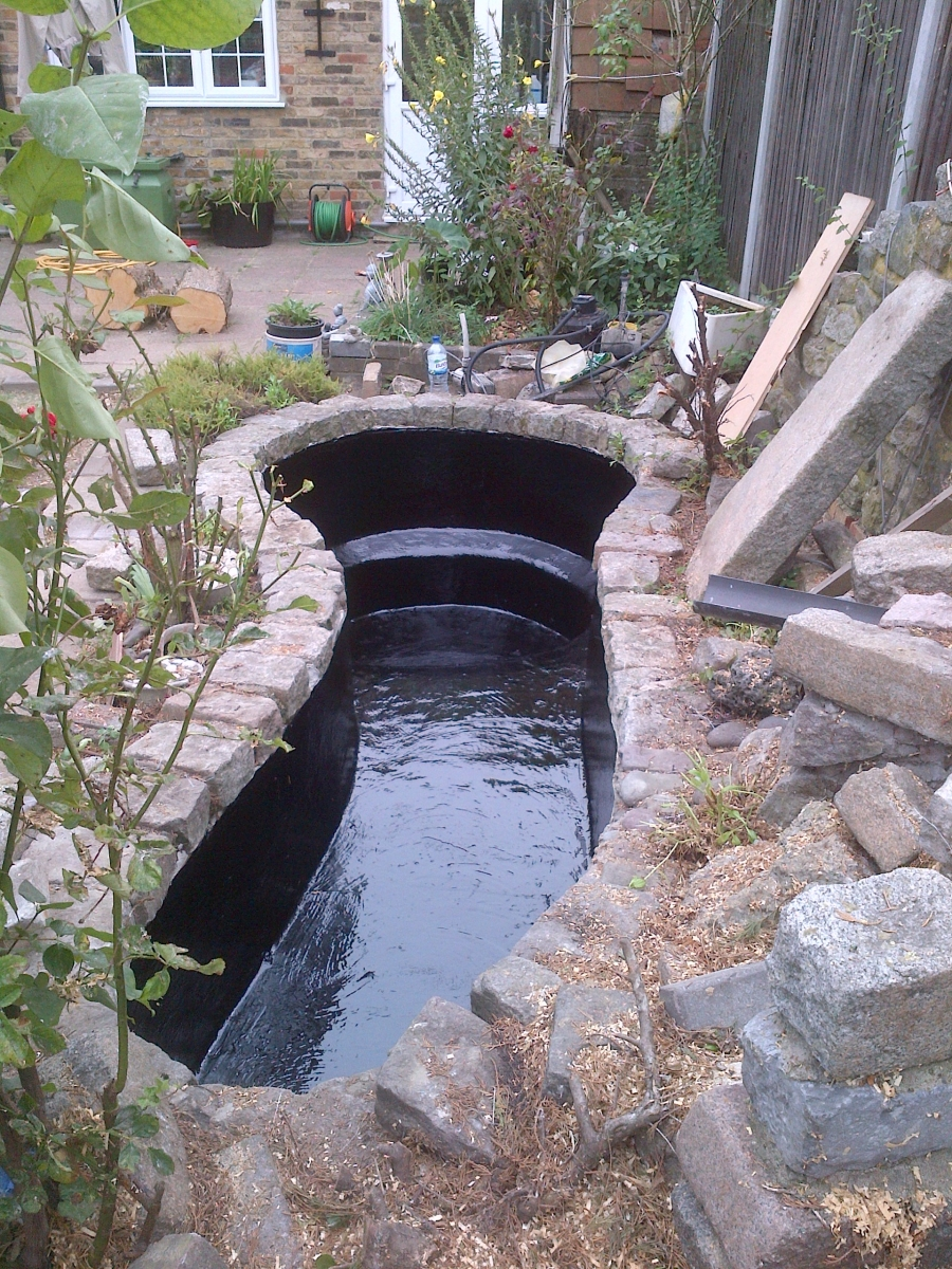 Pond fibreglassing Chingford London